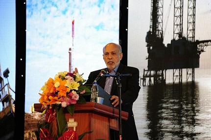 مشاور وزیر نفت در بورس انرژی : ملی شدن صنعت نفت پس از انقلاب اسلامی شکل گرفت