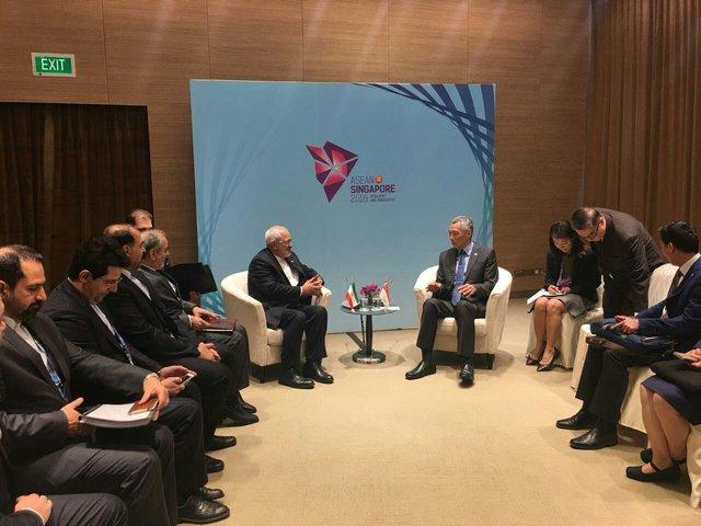 رایزنی وزیر امور خارجه ایران و نخست وزیر سنگاپور