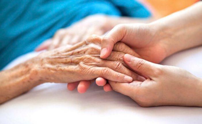 لزوم توجه ویژه بر ارائه خدمات درمانی به بازنشستگان