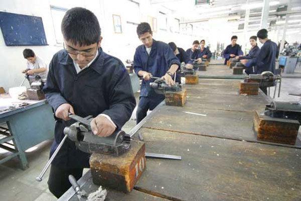 آموزش محصول محور باید در آموزشگاه آزاد فنی وحرفهای نهادینه شود